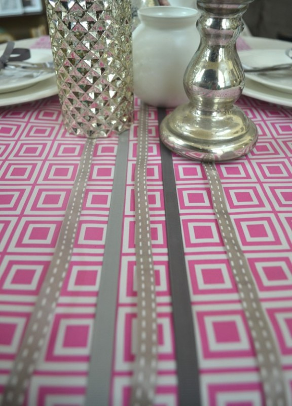 Ribbon tablescape