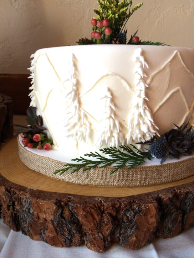 Mountain Wedding-Cake2