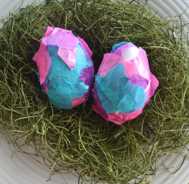Five ways to decorate Easter Eggs without dye, tissue paper eggs, glitter eggs, washi tape eggs