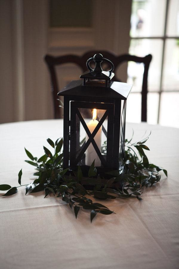 April parties, Patriot's Day centerpiece, lantern centerpiece for Patriot's Day, New England celebrations