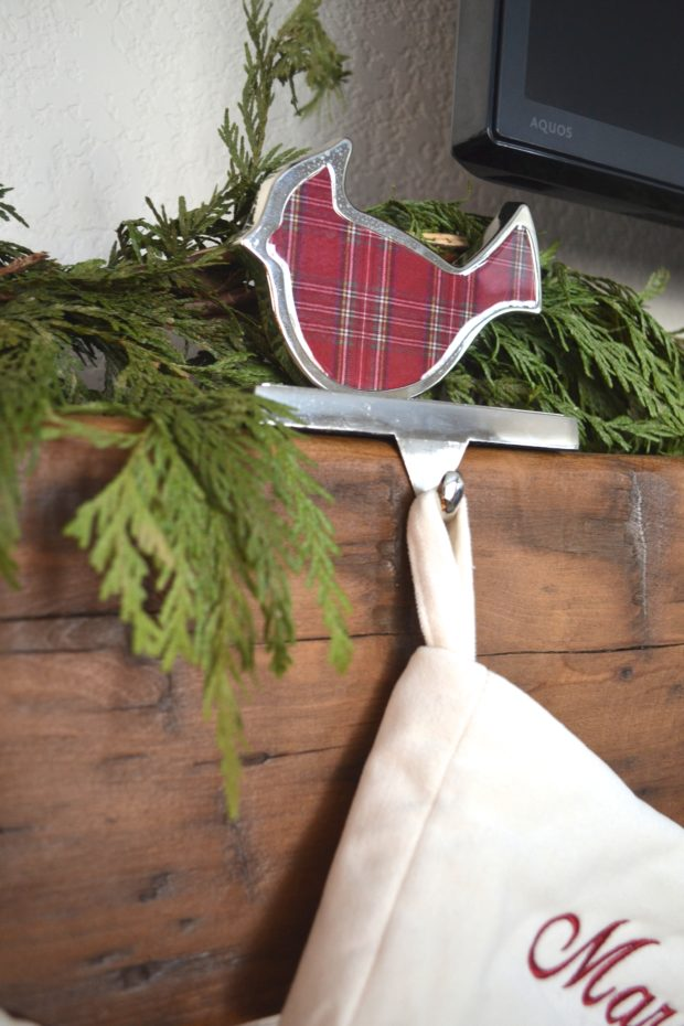 Christmas home decor, Christmas home tour, red and green Christmas, Christmas decorations