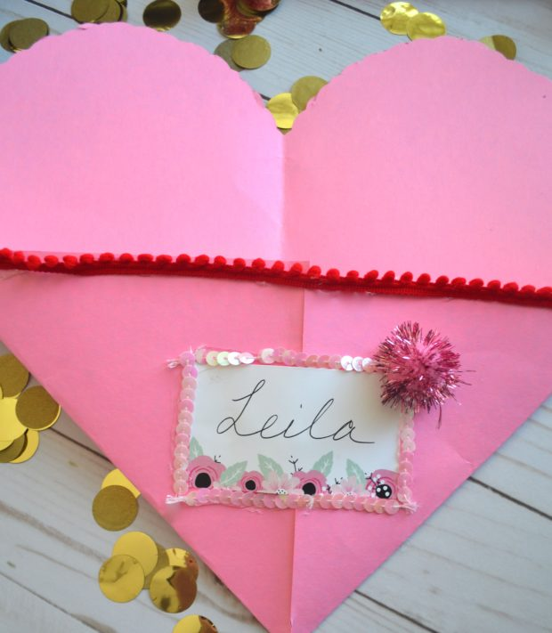 kids diy valentine's day craft, kids craft, valentine's day placemat, how to make a valentine's envelope