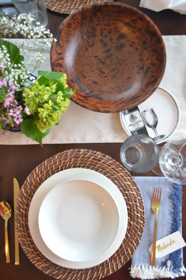 blue and white spring tablescape, ginger jar centerpiece, spring table ideas, gold flatware, spring dinner party