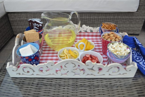 4th of July snack ideas, 4th of July snack buffet, outdoor dining, red white and blue snacks