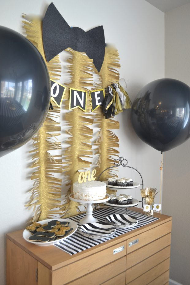 Black and gold first birthday party ideas, boy first birthday party ideas, mr. onederful birthday theme, mr. onederful birthday ideas