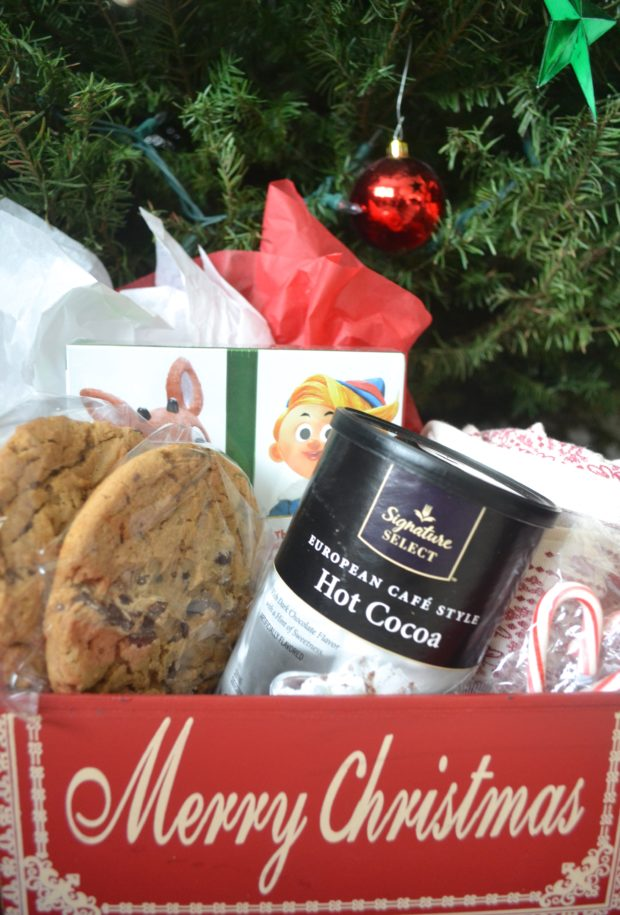 how to turn baked goods into gifts, gifts from the bakery, christmas cookies, homemade christmas gifts