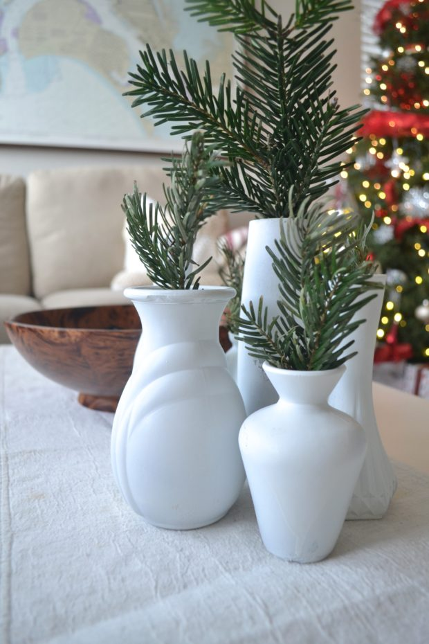 Christmas home tour, holiday home, Christmas home decor, traditional Christmas decor