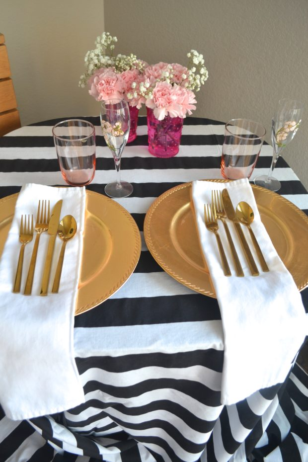 Kate Spade Inspired tabelscape, Kate Spade tabel decor, Kate Spade party, black, gold, and pink party colors