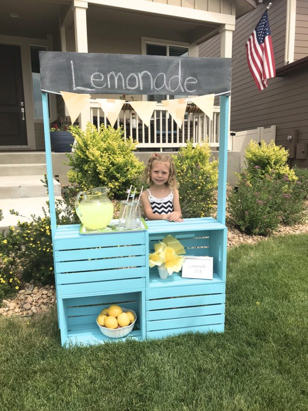 Lemonade-Stand-8 - The Daily Hostess